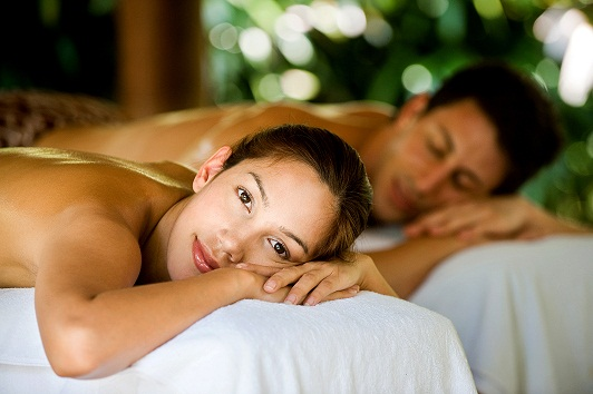 couples massage port douglas